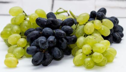 grapes white blue