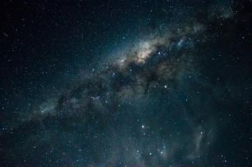 Foto da via láctea de longa exposição noturna