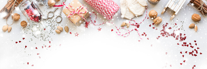 Christmas Decorations Box Nuts Cord Natural Gifts