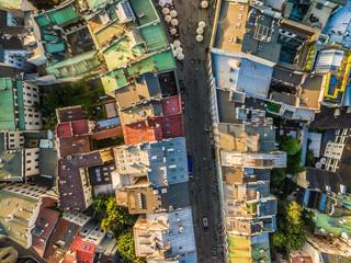 Kraków z lotu ptaka. Ulica Grodzka na starym mieście. Dachy widziane z powietrza.