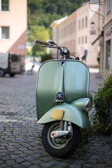 Moped/Roller in Altstadt, Vintage