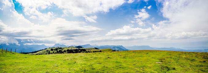 Panorama dans le Parc naturel régional du massif des Bauges