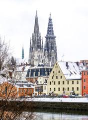 Regensburg, Stadtansicht Dom und Donau, Deutschland, Süddeutsch