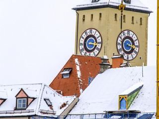 Regensburg, Stadtansicht Uhrturm im Winter, Deutschland, Süddeu