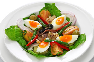 nicoise salad, french traditional cuisine