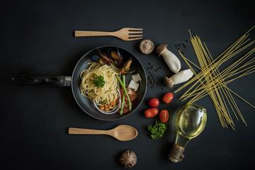 Delicious Italian spaghetti Mussel