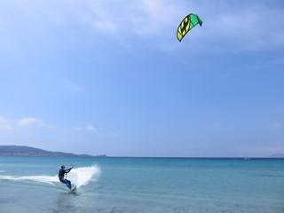 Kite surf, free ride sur la mer Méditerranée (France)