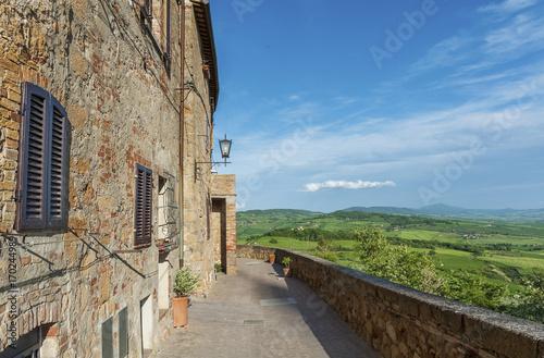 Fototapete Idyllic Landscape of Pienza in Tuscany in Italy