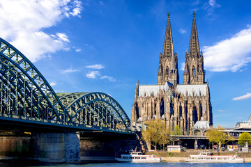 Printed kitchen splashbacks Historical buildings Cologne Cathedral