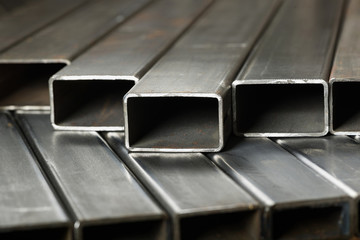 Rectangular metal pipes
