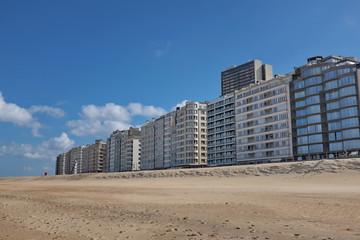 Immeubles au bord de la plage