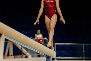 balance beam performance female athletes gymnasts