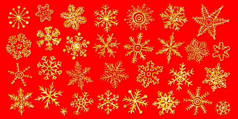 Vektor-Set: 30 Schneeflocken, Goldglitzer auf rot, handgezeichnet, Vektor, freigestellt