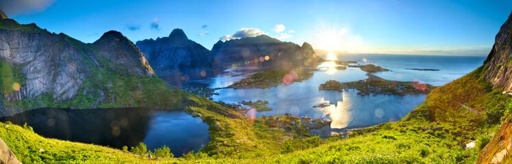 Fotomurales - Sunrise over fishing village of Reine in Lofoten Islands, Norway