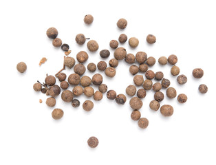 Fototapeta allspice peas on a white background obraz