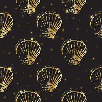 Golden sketch seashell decor seamless pattern.