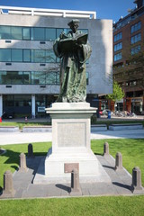 Statue of Erasmus in Rotterdam