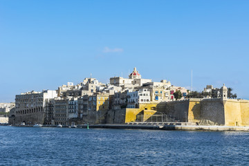 Embankments of Malta with berths