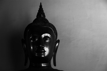 Face of buddha statue