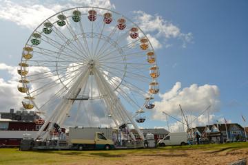 Riesenrad, Volksfest, Schausteller, Fahrgeschäft, Aussicht, Jahrmarkt, Gondel, Freizeitpark, Freizeit, Karussell, Vergnügungspark,