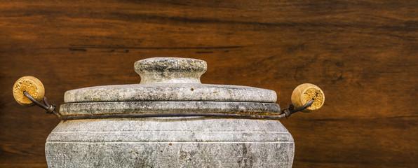 Panela de pedra.