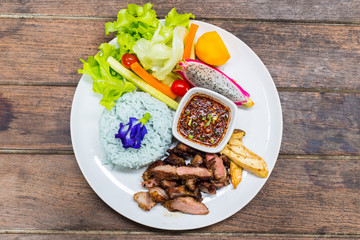 rice with grill pork and salad