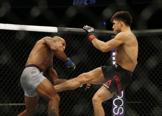 MMA: UFC 215-Cejudo vs Reis