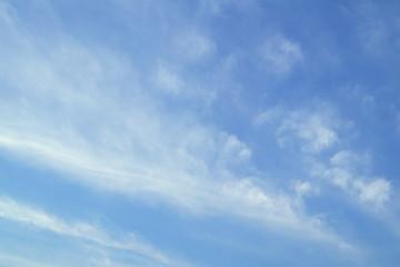 秋空の背景イメージ