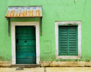 Doors and window symmetry