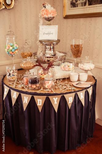 Vintage Candybar Auf Hochzeit Stockfotos Und Lizenzfreie Bilder Auf