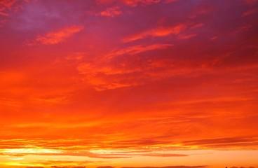Photo sur Aluminium Rouge 幻想的な夕焼けの背景イメージ