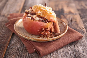 baked apple with spices