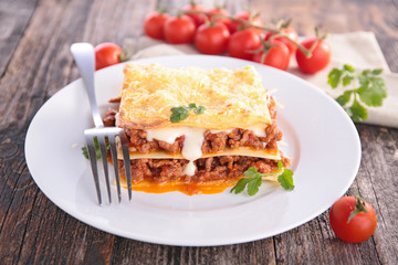lasagne with meat and sauce