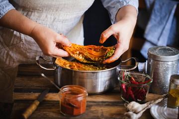 Kimchi preparation process kimchi recipe hands