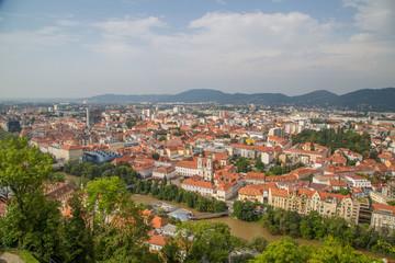 Panorama und Sehenswürdigkeiten von Graz, Hauptstadt der Steiermark, Österreich