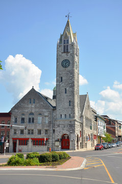 First Baptist Church in Public Square in downtown Watertown, Upstate New York, USA.