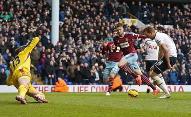 Tottenham Hotspur v West Ham United - Barclays Premier League