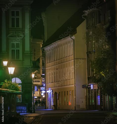 Wall mural bb  miasto noc