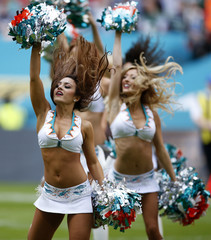 Miami Dolphins v New York Jets - NFL International Series