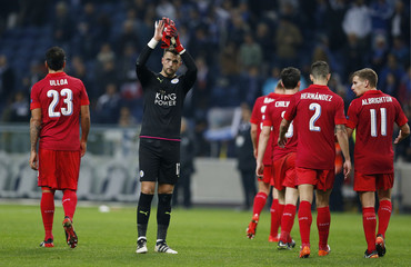 Leicester City's Ben Hamer applauds fans after the game