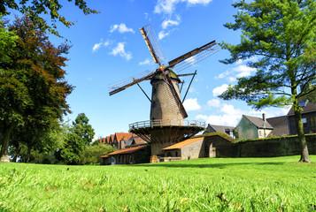 Sommer am Niederrhein: Kriemhildmühle in Xanten