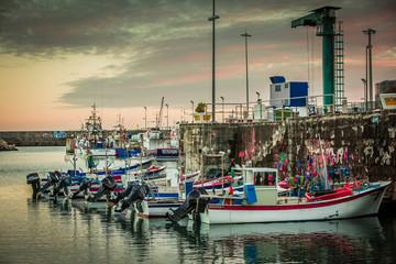 Hafen von Vila do Porto auf Santa Maria (Azoren)