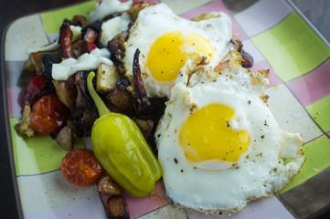 Eggs Pepperoncini Home Fries