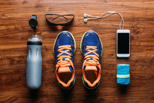 Running equipment and accessories arranged on floor