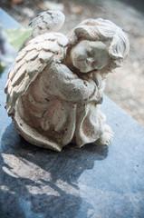 ange au cimetière