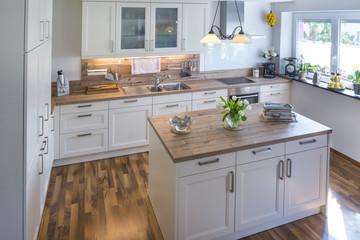 gemütliche Küche in rustikalem Stil