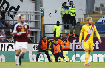 Burnley's Andre Gray and Michael Kightly warm up during the game