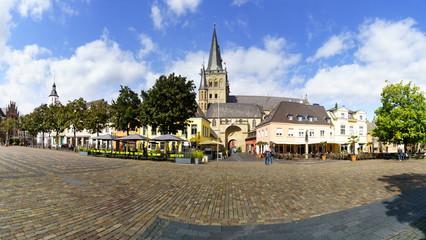 Marktplatz in Xanten mit Xantener Dom