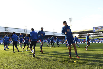 Crystal Palace's Scott Dann (R) and team mates during the warm up before the game