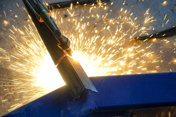 Cutting steel with gas torch